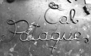 Letras en hierro forjado